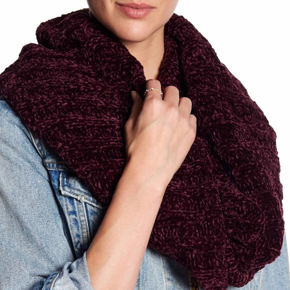 Free People Accessories Love Bug Chenille Infinity Cowl Scarf